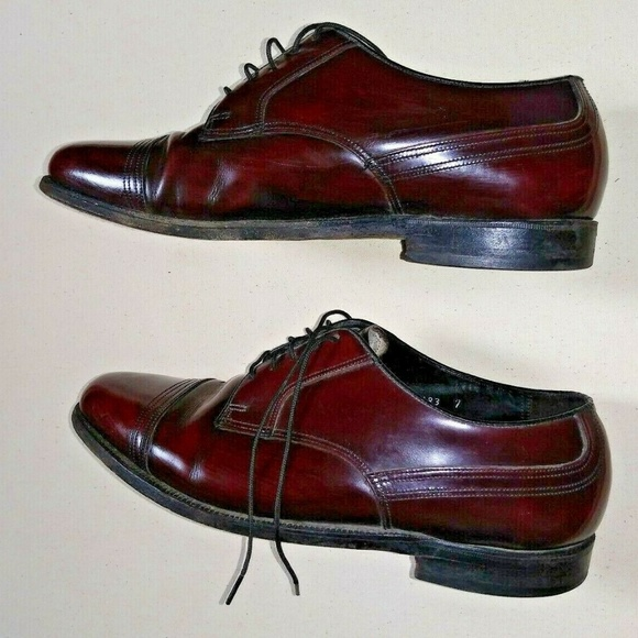 Florsheim Other - FLORSHEIM Mens Leather dress Shoes Oxford Burgundy